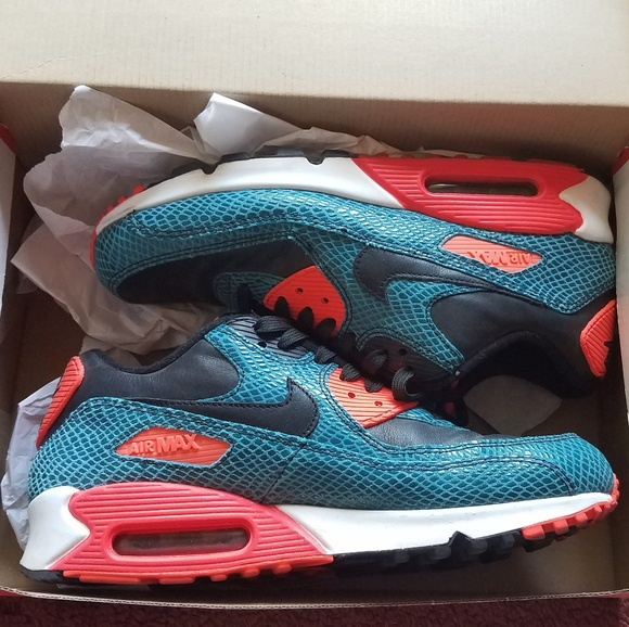 more photos c2afc 417d9 Nike Air Max 90 Infrared Snake. M 5ba7c199df0307063085547e